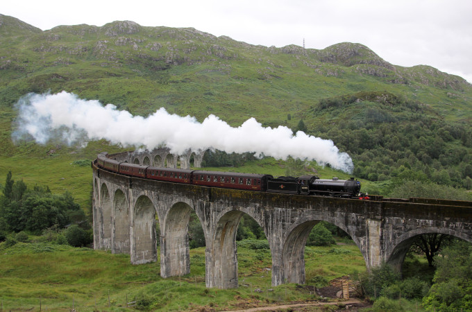 A_Scottish_Adventure-_The_Jacobite_over_Glenfinnan_Viaduct
